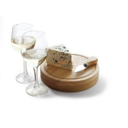 Zestaw do sera w drewnianym pudełku, które może być używane jako deska do sera, widelec i nóż do sera, nóż kelnersk