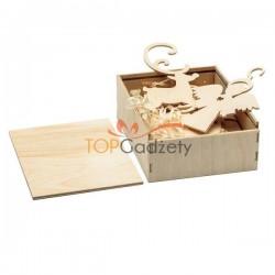 Zestaw 8 drewnianych ozdób świątecznych
